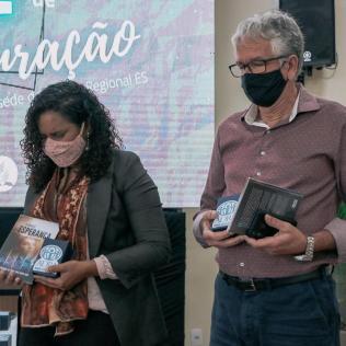 ADRA entrega lembranças a autoridades públicas e denominacionais (Foto: Davner Toledo)
