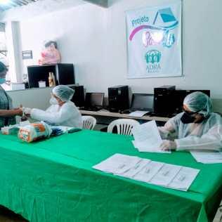 Os testes foram aplicados no mesmo dia pelos profissionais da Vigilância Epidemiológica da cidade. (foto: reprodução)