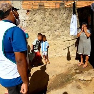 Dona Tereza se emocionada pela assistência que recebeu. (Foto: Reprodução)