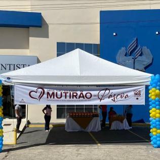 Alunos da Rede Adventista receberam kit de páscoa por drive-thru em Ilhéus e outras 3 unidades escolares do sul da Bahia. (Foto: Reprodução)
