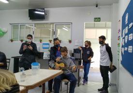 Homenagens em refeitório de hospital. [Foto: Sandy Mayara da Silva].