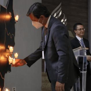 As velas foram colocadas em um mapa da região Centro-Oeste. Foto: George Rocha