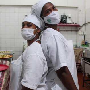 As cozinheiras voluntárias da unidade. (Foto: Edivam Silva)