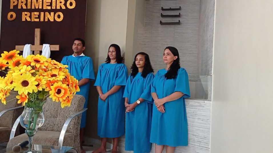 Batismo na Festa das Primícias (Foto: Colaboração)