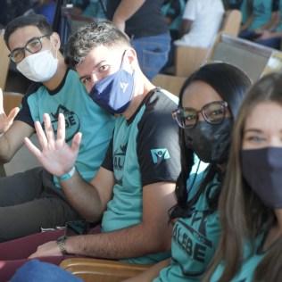 Cerca de 560 voluntários participaram pessoalmente do evento (Foto: Jatir Bernardo).