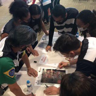Os líderes foram desafiados com atividades em equipes. (Foto: Divulgação)