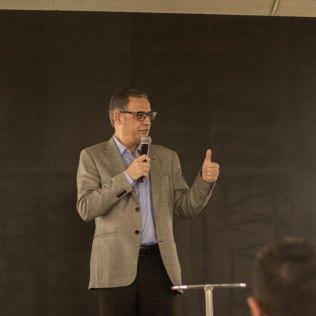 Pastor Marlon Lopes pontua que autossuficiência energética usando fontes renováveis é uma das ênfases da gestão na denominação. (Foto: Dhellano Furtado)
