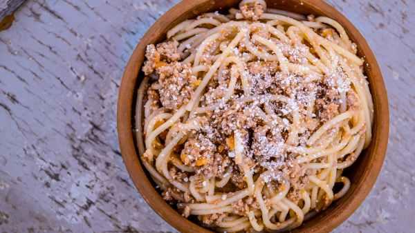 Queijo parmesão tem origem italiana e é considerado o rei dos queijos