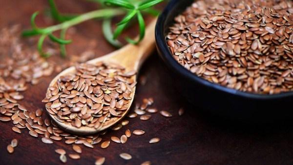 Linhaça é a semente que faz bem para o coração e ajuda a emagrecer