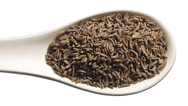 Cominho é uma planta muito empregada na alimentação e em licores