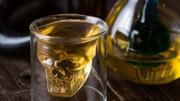 Hidromel é bebida alcoólica que leva mel em sua composição