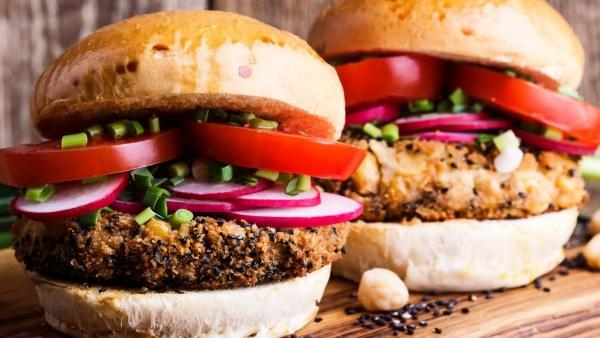 Produtos veganos encontram cada vez mais espaço no mercado