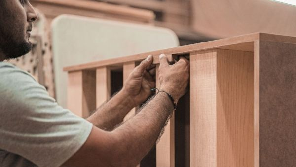 Virola é madeira muito utilizada para fazer compensados