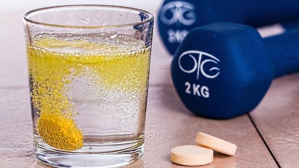 Vitamina E tem forte poder antioxidante e é importante para o corpo
