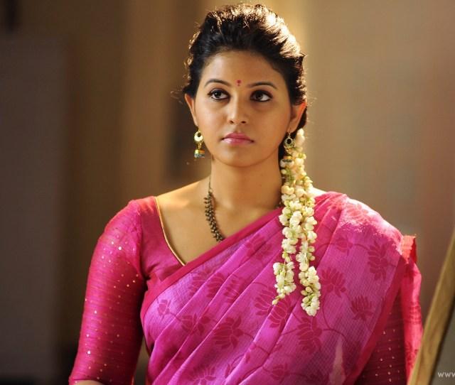 Tamil Actress Anjali Wallpapers