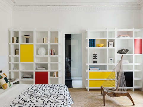 mondrian bedroom design parisian pied-à-terre library - decoration blog - Clem Around The Corner