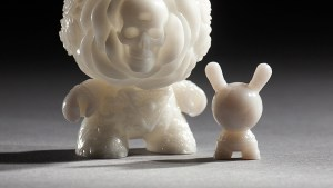 JRYU's The Clairvoyant for Arcane Divination: The Lost Cards Dunny Series from Kidrobot
