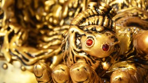 James Groman & InstincToy - King Korpse - Golden Beast Edition
