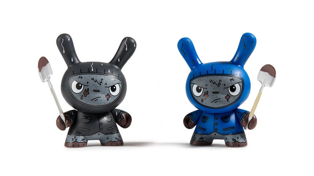 The Bots' Scared Silly Dunny Series from Kidrobot, Cyrus (regular & variant), 2017