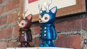 Kaori Hinata's Morris — The Cat with Antlers (Sparkly Blue Color)