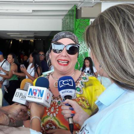 Mayté Santacruz con la Prensa Colombiana