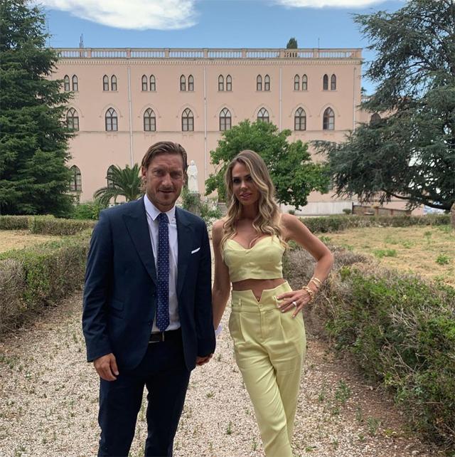 Francesco Totti e Ilary Blasi alle nozze della sorella della conduttrice
