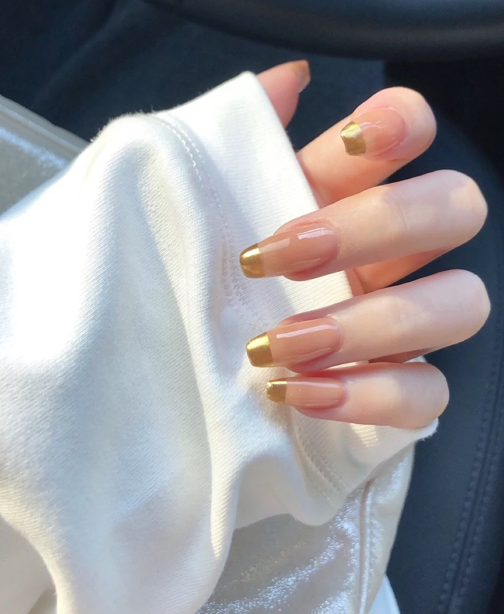 Nude Golden French Manicure 1