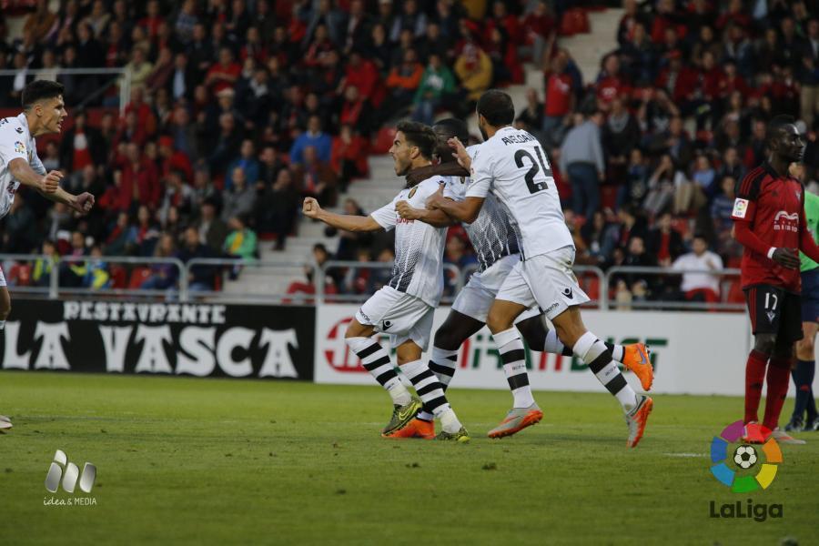 Javi Ros celebra el gol anotado en Anduva. Fuente | laliga.es