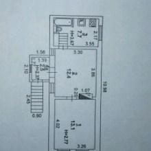 Увеличить - Объект №7575195-lotн Чехова Предлагаю двухкомнатную квартиру по ул. Чехова/Станиславского, общей площадью 34 кв.м,(комнаты смежные -12,4 кв.м., 13,1кв.м.) кухня 6,5 кв.м., в исторической части города, центр, рядом Б. Садовая,Свой вход по металлической широкой лестнице, первый этаж нежилой, двор закрывается, имеется чердак, под домом сарай, первый этаж нежилой. Здание находится особняком, соседей за стеной нет. Можно достроить веранду. Требует ремонта, но жить и делать ремонт можно, газовое отопление-форсунка, вода, канализация все в рабочем состоянии, ванна полноценная, вода, канализация центральная. Крыша новая, перекрыта в прошлом году 2018Ипотека подходит, маткапитал, наличка, Продажа срочнаяБез процентов и комиссийРеальному покупателю хороший торг Тихий район старого центраСпешите посмотреть и приобрести по выгодной цене данный обьект (показ в любое время) Пишите, звоните, ждм!: ,