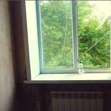 Увеличить - Объект №5334337-lotн Турмалиновская Продаю 2-комнатную квартиру в кирпичном доме, недалеко от делового центра города на ул. Турмалиновской, <br>Общая площадь: 46 кв.м. <br>Жилая площадь: 33 кв.м. <br>Кухня площадь: 9 кв.м.<br>Дом прочный сталинка. Потолки высокие 2,90м., комнаты большие светлые, <br>Кухня вместительная и удобная, на кухне газовый котел. Санузел раздельный. <br>Тихий дворик. Сво отопление. Горячая вода - котел. Металлопластиковые два окна. <br>Ремонт нужен. Есть место приложить Ваши руки и воплотить Ваши фантазий: ,