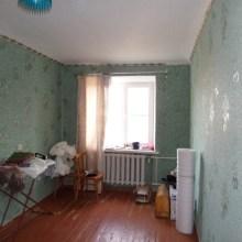Увеличить - Объект №3039219-lotл Ворошилова 3 комнатная квартира на ХБК по ул.Ворошилова, 5 этаж 5 этажного кирпичного дома. Площадь 60 кв.м., кухня 6 кв.м., комнаты смежно-изолированные, санузел раздельный, газовая плита и газовая колонка, в двух комнатах металлопластико-<br>вые окна,балкон застеклн деревом.: ,