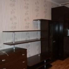 Увеличить - Объект №8126844-lotс б-р Комарова Продаю однокомнатную квартиру в отличном месте СЖМ  Комарова. Тихий двор, второй этаж, квартира продается со всей мебелью, чистая, аккуратная. Крепкий теплый дом. Подходит ипотека. Никто не прописан,: ,