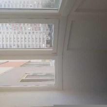 Увеличить - Объект №7835604-lotс ул. Платона Кляты Продаю двухкомнатную квартиру в Суворовском районе г. Ростова-на-Дону. Квартира расположена на 2 этаже 17-ти этажного дома, окна квартиры выходят во двор. Квартира уютная, светлая. Комнаты 15 и 18 кв.м., две застекленные лоджии, дом 2016 года. Срок владения  От 3 до 5 лет. Санузел  Раздельный. Площадь кухни  10 м2. Год постройки  2016. Ремонт  Косметический. Лифт  Легковой и грузовой. Лифт  Несколько балконов.: ,
