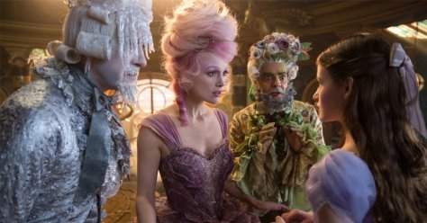 Keira Knightley & Mackenzie Foy in The Nutcracker & the Four Realms