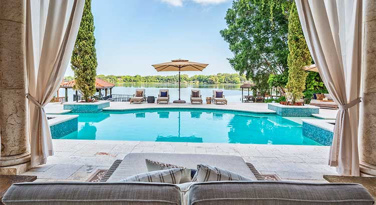 Dreaming of a Luxury Home? Now's the Time! | MyKCM
