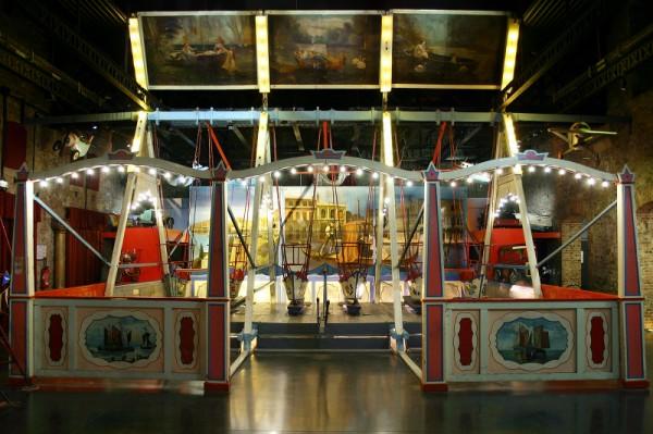 Mus 233 E Des Arts Forains Paris 12e L Officiel Des Spectacles