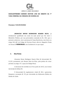 Male silhouette standing in front of the goias state flaglag. MEMORIAIS JHONATAN BRYAN modelo de peça penal - Prática Penal