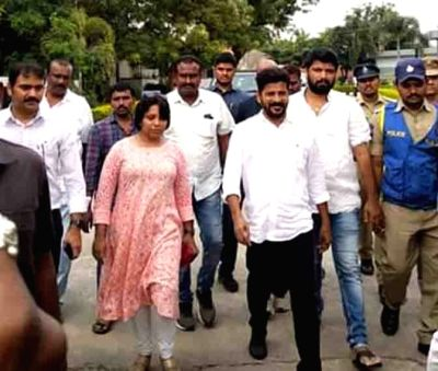 Revanth Reddy Meets TV9 Raviprakash In Jail