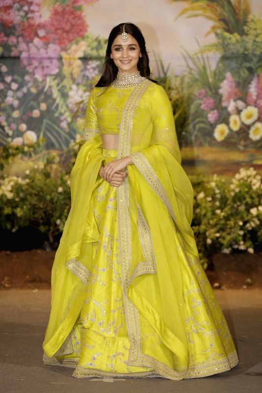 Sonam Kapoor And Anand Ahuja S Wedding Reception Alia Bhatt