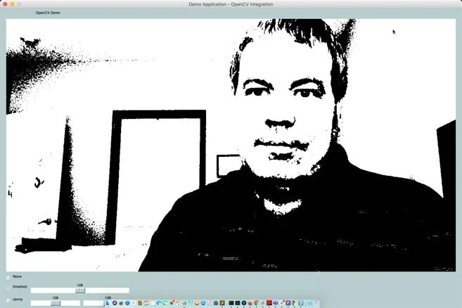 PySimpleGUI with OpenCV Webcam