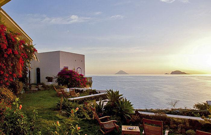 Risultato immagine per Hotel Punta Scario Salina