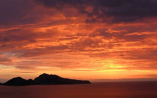 Sunset Boat Tour from Sorrento Book online on Positanocom