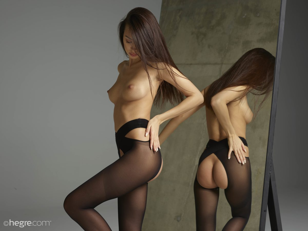 Nicolette, naked, shaved, ass, strip, stockings, mirror