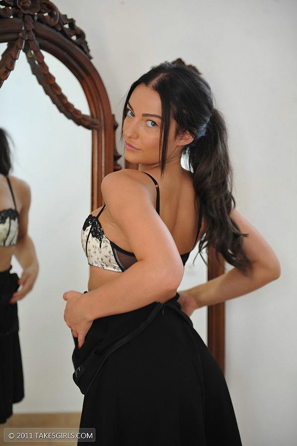 Kayleigh, brunette, strip, nude, busty, ass, mirror
