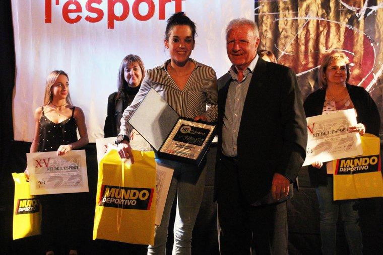 Mireia Pons (atletisme) recull el premi a millor esportista