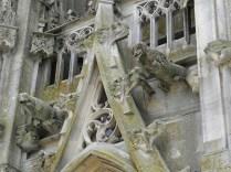 L'EPINE: gargulce portalu zachodniego / gargolyes of west facade