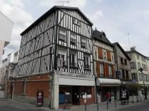 CHALONS: rue de la Marne