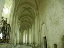 PONTIGNY: obejście prezbiterium / ambulatory