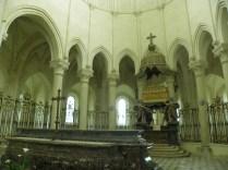 PONTIGNY: w prezbiterium / high altar