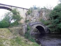 PIERRE-PERTHUIS: mosty przez rzekę Cure / bridges over the Cure river